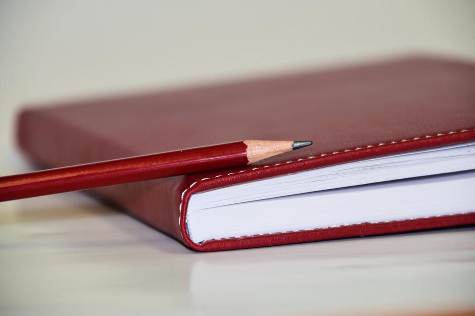 ołówek hb co to znaczy
